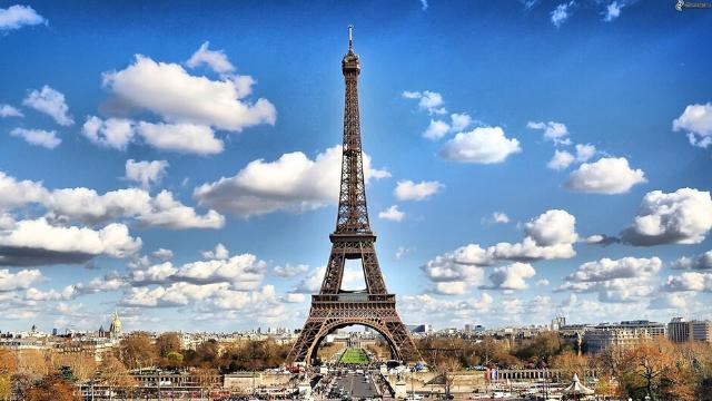 המבנים ההיסטוריים של פריז