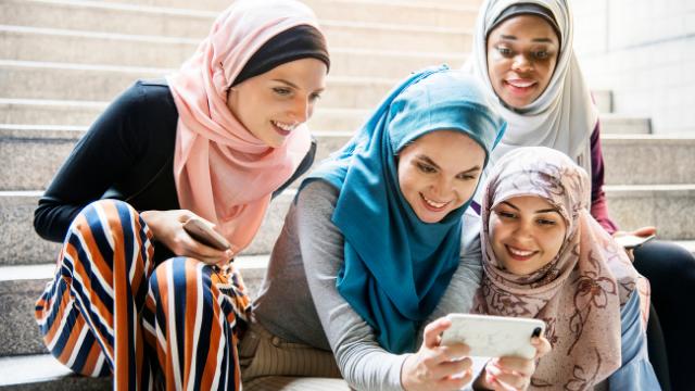 הפנים האמתיות של הנשים במדינות ערב