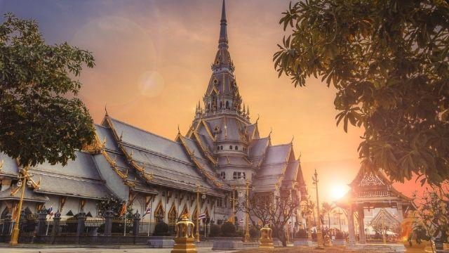 הבודהיזם הסיני והיפני | גליה דור