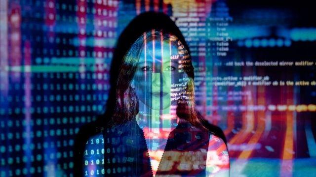 רגשות אינטרנט ומה שביניהם | לירז מרגלית