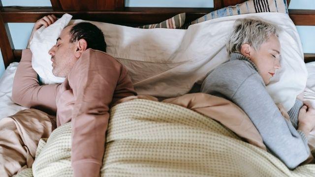 שפת גוף בזוגיות ובחדר המיטות